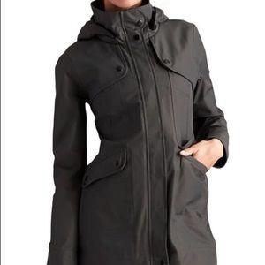 Athleta Black Overcast Rain Trench Jacket Size M